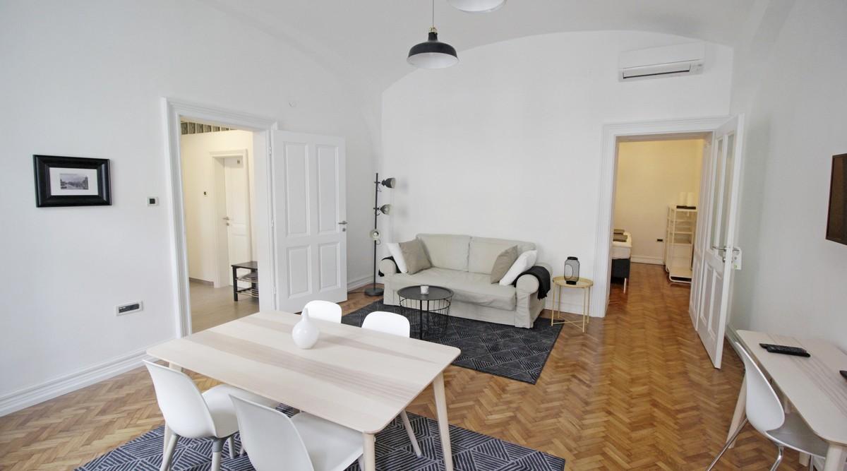 Stan: Zagreb (Donji grad), 55 m2,HEBRANGOVA ULICA +LUKSUZAN (iznajmljen)