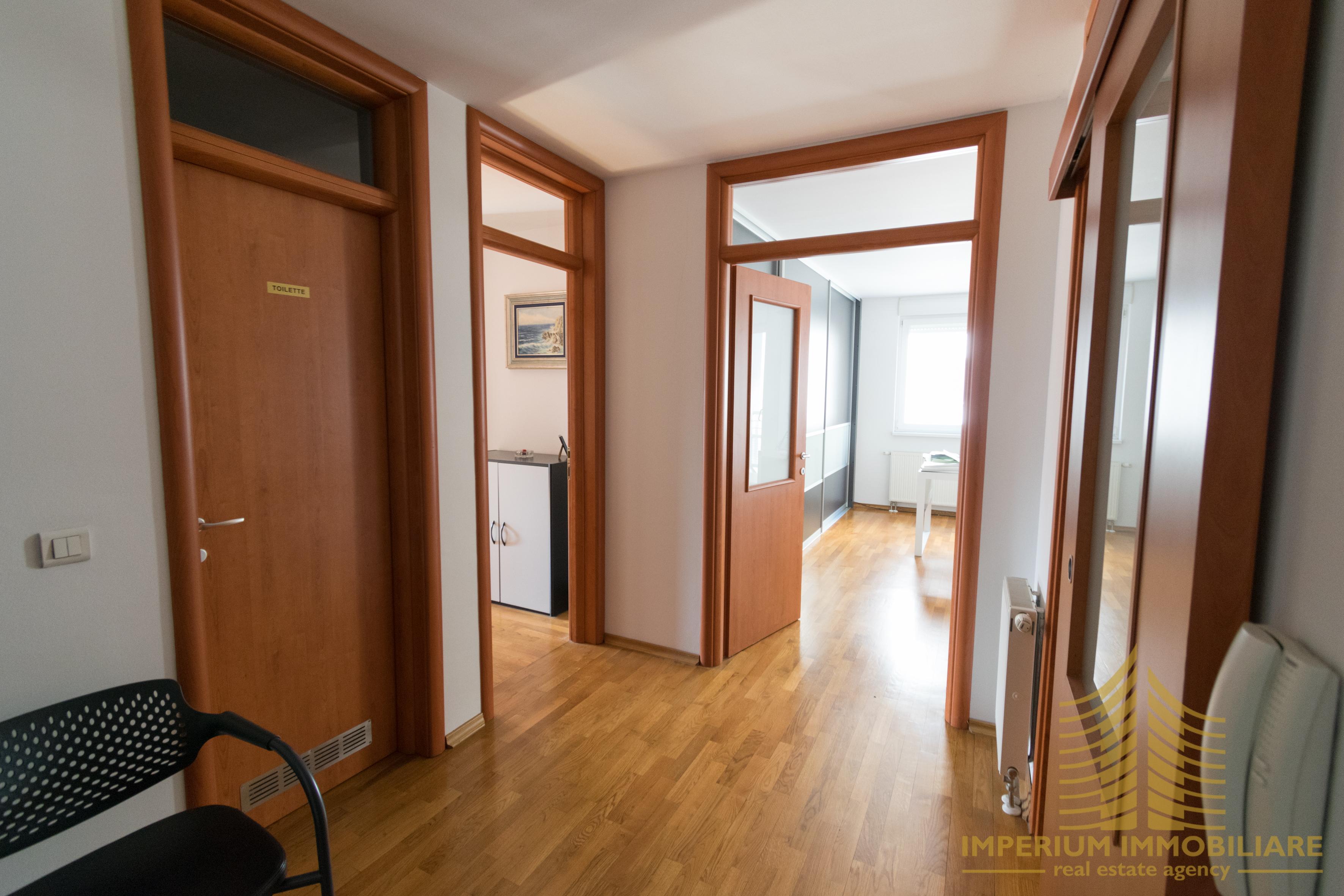 Poslovni prostor: Zagreb (Trešnjevka), uredski, 62 m2, PRILIKA (iznajmljivanje)