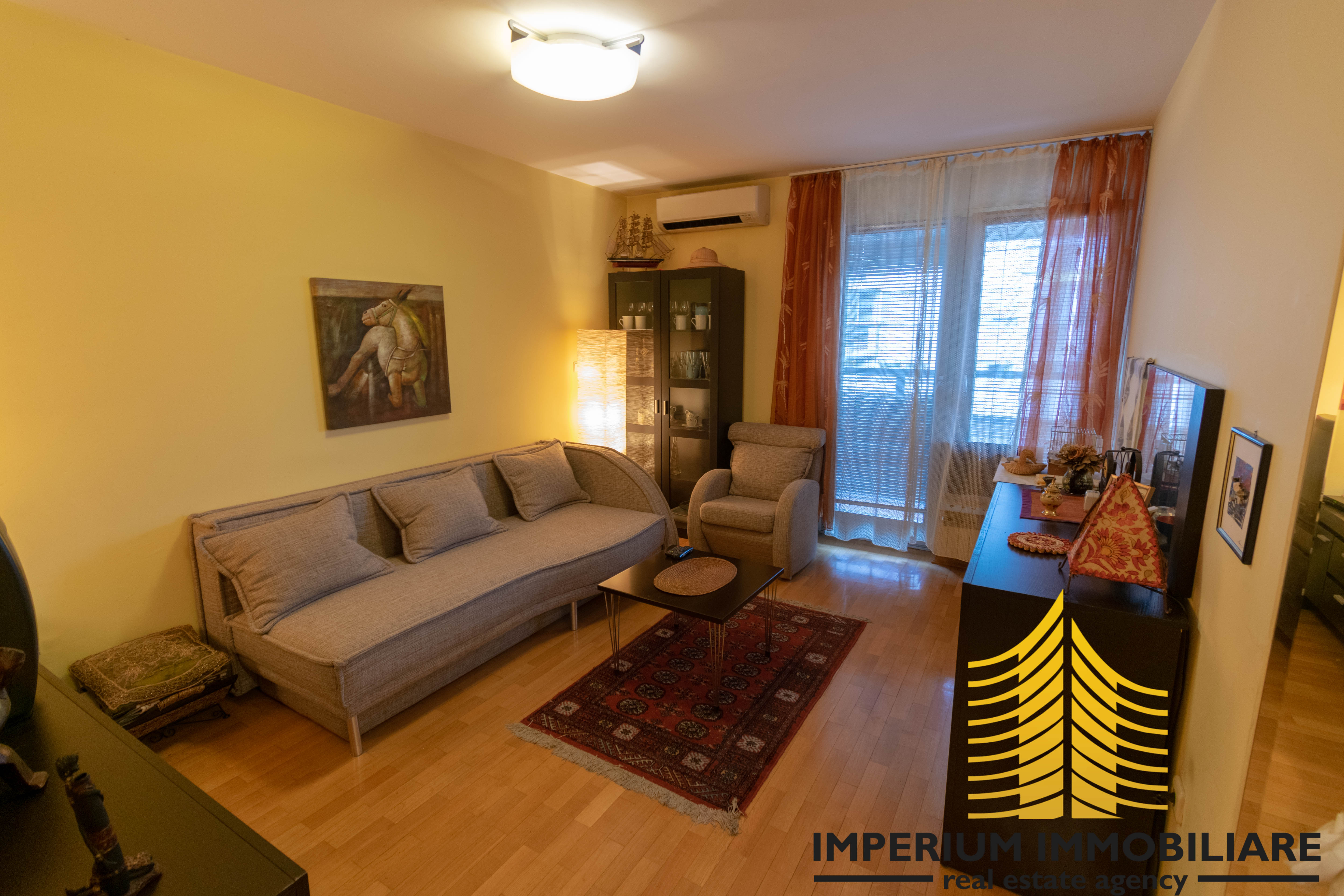 Stan: Zagreb (Donji grad), 42.00 m2, BEDNJANSKA, PARKIRNO MJESTO (iznajmljivanje)