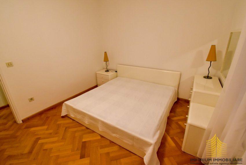 tan: Zagreb (Ribnjak), !! 3- SOBNI !!, LUX. 100.00 m2 (iznajmljivanje)