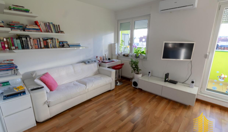 Stan: Zagreb (Vrapče), 43.00 m2, 1SS + DB + PARKIRNO MJESTO (prodaja)