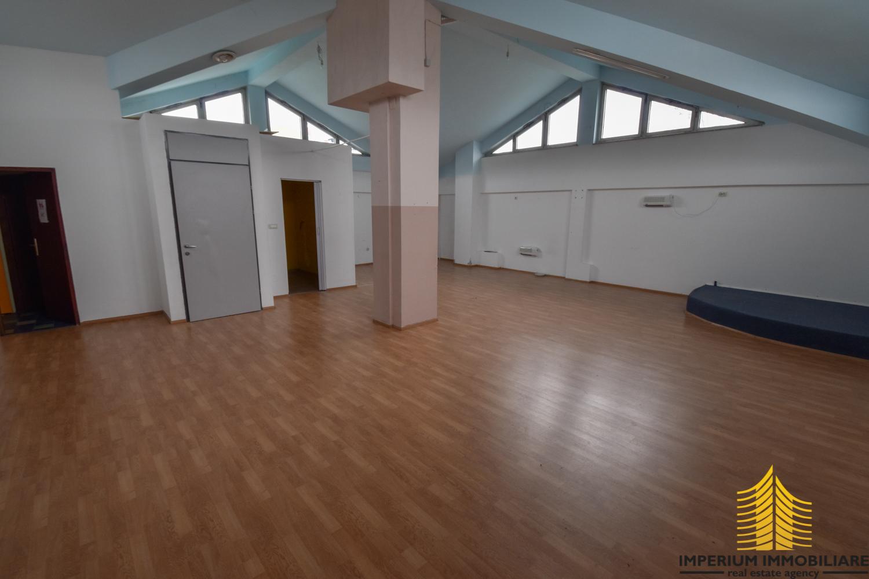 Poslovni prostor: Zagreb (Dugave), uredski, 101 m2 (iznajmljivanje)