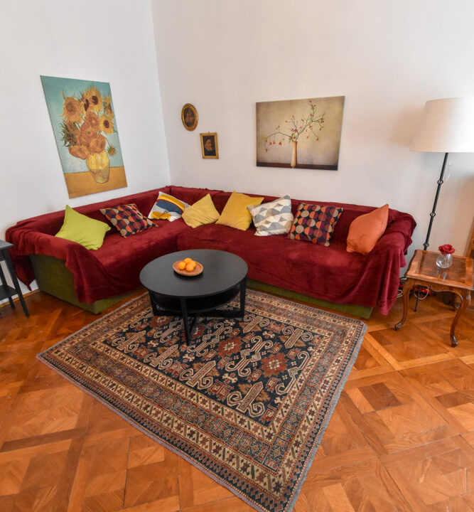 Stan: Zagreb (Gornji grad), 75.00 m2, Radićeva ul. (iznajmljivanje)