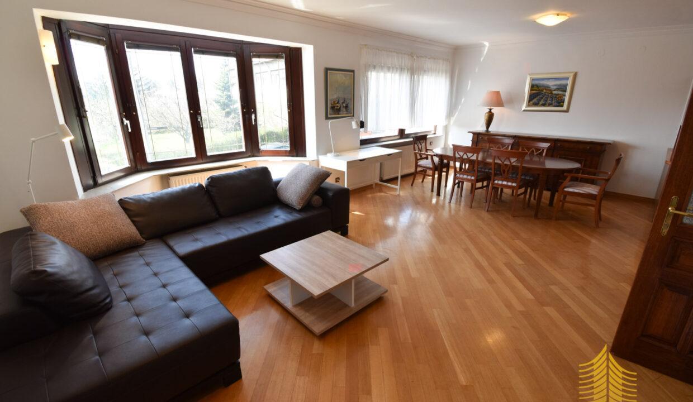 Stan: Zagreb (Voćarsko naselje), 96.00 m2,! BLIZINA PETROVE ! (iznajmljivanje)