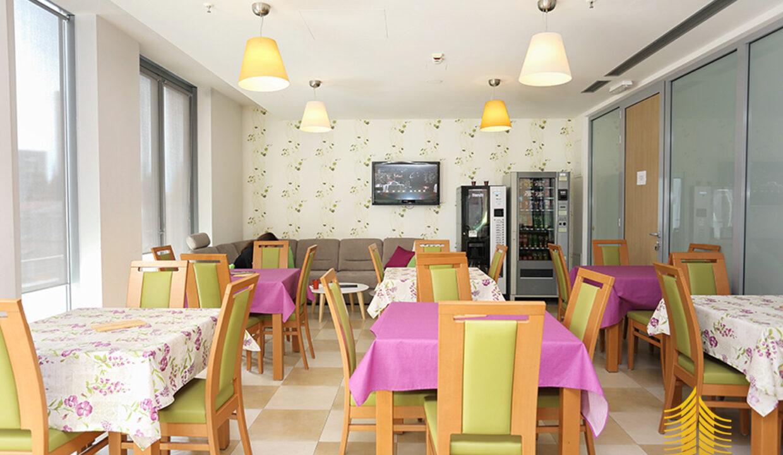 Poslovni prostor: Split, uredski, 58 m2 (iznajmljivanje)