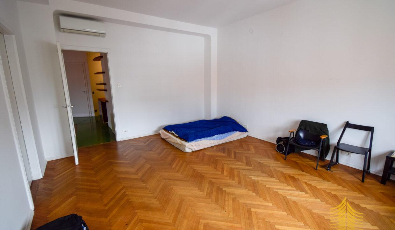 Stan: Zagreb (Centar), 132.00 m2 Trg bana Jelačića, vrhunska zgrada!! (iznajmljivanje)