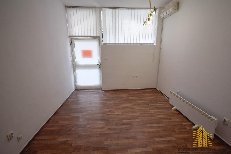 Poslovni prostor: Zagreb (Lašćina), Petrova, 20 m2 (iznajmljivanje)