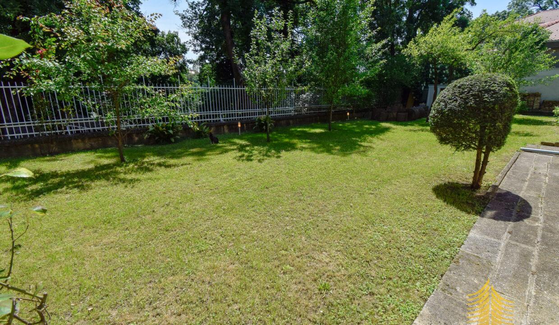 Stan: Zagreb (Tuškanac), 130.00 m2, vrt , parking (iznajmljivanje)