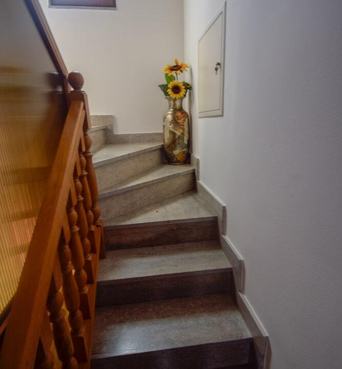 Stan: Zagreb (Trokut), 115.00 m2 + garaža 36 m2 (iznajmljivanje)