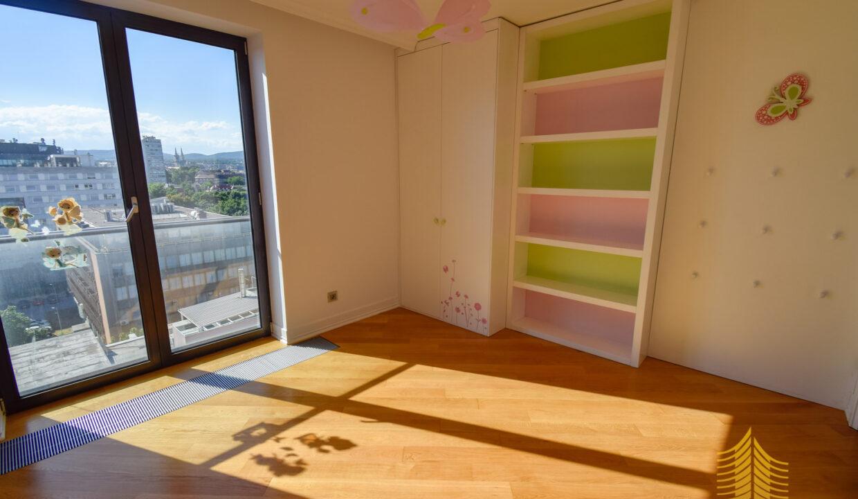 Stan: Zagreb, Radnička, 341.00 m2, novogradnja, lux (prodaja)