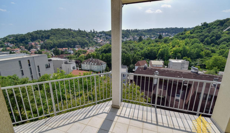 Stan: Zagreb (Mlinovi), 122.00 m2, 4-soban, parking (prodaja)