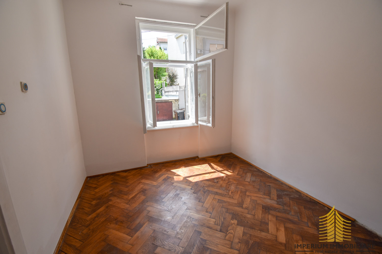 Stan: Zagreb (Črnomerec), 60.00 m2 !! ODLIČNA LOKACIJA !! (prodaja)